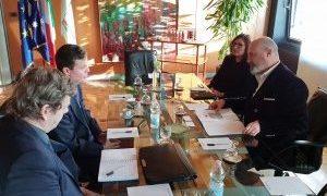 Relazioni internazionali, il presidente Bonaccini riceve l'ambasciatore d'Australia in Italia, Greg French